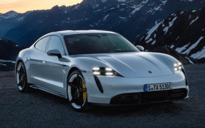 La Porsche Taycan : Premier véhicule électrique du constructeur.
